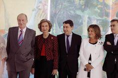 Ignacio González, presidente de la Comunidad de Madrid, acompaña a los Reyes en la inauguración de la exposición Gauguin y el viaje a lo exótico, en el Museo Thyssen.