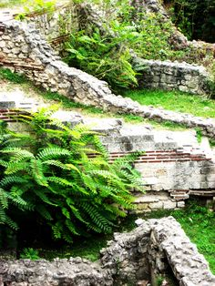 Ruins from the Roman Empire in Constanta, Romania Beautiful Places In The World, Oh The Places You'll Go, Places To Visit, Constanta Romania, Visit Romania, Mountain Resort, Ancient Ruins, Greeks, Travel Goals