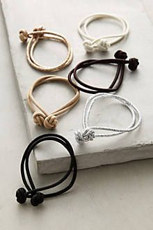 df1e3dd517296 Easy DIY: ouch-less hair bands from old tights - clever. just cut 1 ...
