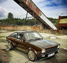 Opel kadett c coupe - New Ideas Retro Cars, Vintage Cars, Holden Gemini, Garage, Audi Sport, Car Tuning, Old Cars, Custom Cars, Classic Cars