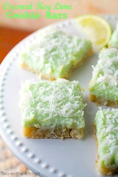 Coconut Key Lime Cookie Bars (yum!!!). #tropical #desserts #tiki_party