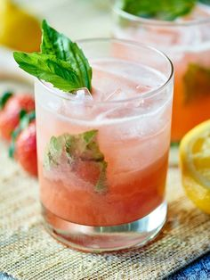 Strawberry Basil Gin Cocktail #strawberry #cocktail #gin