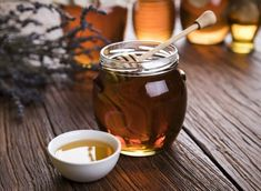 Are All Sweeteners Created Alike? A Guide to Natural Sweeteners Bone And Joint, Few Ingredients, Candle Jars, Cooking Tips, Natural Remedies, Helpful Hints, Sweet Treats, Veggies, Tableware