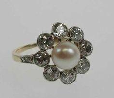 Antiker-Diamant-Perlen-Ring-aus-585er-Weissgold-Gelbgold-8-Brillanten-1-2-ct