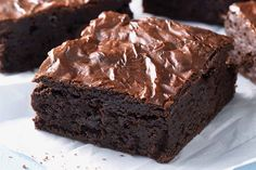 Triple Chunk Brownies with Chocolate Frosting. Triple Chunk Brownies with Chocolate Frosting are made with one simple and healthy ingredient. Triple Chunk Brownies with Chocolate Frosting a little lighter. Baking Recipes, Cookie Recipes, Dessert Recipes, Flour Recipes, Vegan Recipes, Just Desserts, Delicious Desserts, Egg Free Desserts, Yummy Food