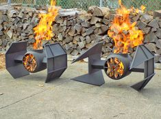 Would you like one of these incredible Star Wars fire pits in your backyard? Iron Fire Pit, Fire Pit Grill, Metal Fire Pit, Fire Pit Backyard, Backyard Patio, Foyers, Star Wars, Bonfire Pits, Cool Fire Pits