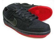 736651558649 Nike SB Dunk Low x Levi s - Black Denim