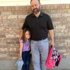 La reacción de un padre ante un caso de enuresis de su hija en el colegio te sorprenderá. Que  aun niño se le escape el pis puede ser normal, pero lo importante es no perder los nervios si lo hace delante del resto de niños.