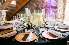 Wedding Tablel black and gold