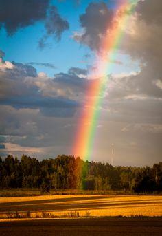 Rainbow in Finland Rainbow Magic, Rainbow Sky, Love Rainbow, Over The Rainbow, Rainbow Photo, Beautiful Sky, Beautiful Places, Beautiful Pictures, Somewhere Over