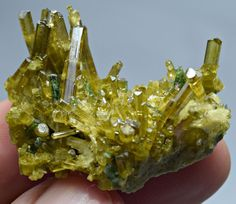 superb 86 carts yellowish green color Epidote crystals specimen@Afghanistan