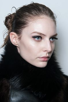 Look Like a French Girl: The Best Beauty Trends from Paris That You Should Try Now