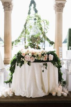 7 Super Romantic Sweetheart Table Ideas for Weddings