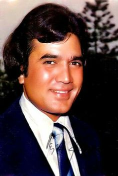 Super Star Rajesh Khanna Old Film Stars, Rajesh Khanna, Bollywood Pictures, Bollywood Masala, Hindi Actress, Celebrity Stars, Vintage Bollywood, Amitabh Bachchan, Bollywood Stars