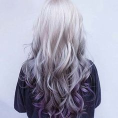 Spring is just around the corner, so don't you think it's time for a hair color change? The wealth of options is endless. This season, purple balayage is in Purple Balayage, Purple Ombre, Silver Purple Hair, Grey Ombre, Purple Tips, Teal Orange, Silver Hair Colors, Lilac Grey Hair, Hair Colors