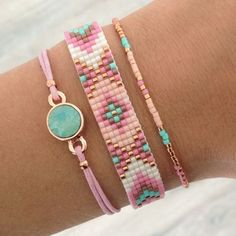 Friendship bracelets with letter beads.Trendy and fashion wrap around your wrist bracelets are hand-made. This is great addition for any kind of outfit. Made with beads waxes cord, shell closure. Bead Loom Patterns, Beading Patterns, Beading Ideas, Jewelry Patterns, Beaded Bracelet Patterns, Beading Tutorials, Bead Loom Bracelets, Jewelry Bracelets, Pink Bracelets
