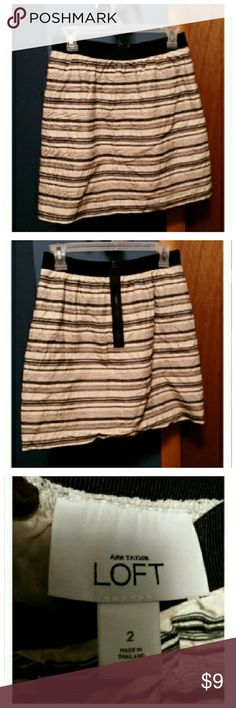Ann Taylor striped mini skirt In new condition. Zipper back Ann Taylor Skirts Mini