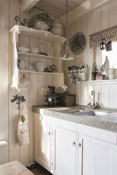 Shabby Chic is a mix of old and new, and has a very long tradition in the Scandinavian nations and the United Kingdom. Shabby chic is the most recent craze in the rustic kind of decorating. Cozy Kitchen, Country Kitchen, New Kitchen, Kitchen Decor, Kitchen Ideas, Kitchen Paint, Romantic Kitchen, Shabby Chic Cottage, Shabby Chic Decor