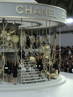 Chanel Fall 2008 Carousel