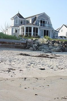 House Beach Exterior Seaside Architecture 45 Ideas For 2020 Cottages By The Sea, Beach Cottages, Coastal Cottage, Coastal Homes, Beach Homes, Coastal Living, Coastal Style, Beach Front Homes, Beach Cottage Exterior