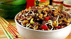 Macaroni chinois - un incontournable avec les enfants ! Asian Recipes, Beef Recipes, Soup Recipes, Cooking Recipes, Ethnic Recipes, Easy To Make Appetizers, Meat Appetizers, Melting Pot Recipes, Grilled Bread