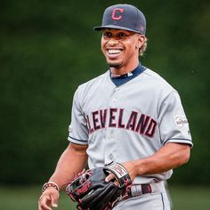 Are you Lindor or Puig? 😁😒 The post Cleveland Indians: Are you Lindor or Puig? … appeared first on Raw Chili. Cleveland Indians Baseball, Chicago Cubs Baseball, Kentucky Basketball, Duke Basketball, Cleveland Ohio, College Basketball, Basketball Players, Kentucky Wildcats, Soccer