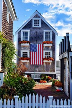 Cape Cod Cottage and American flag -- (July Independence Day USA, Seaside… Nantucket Style, Nantucket Island, Nantucket Beach, Coastal Style, To Infinity And Beyond, Beach Cottages, Beach Houses, The Ranch, Coastal Living