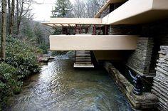 #строительство #дизайн #архитектура #природа #особняк #ОООБазисПрофнастил  Дом над рекой.