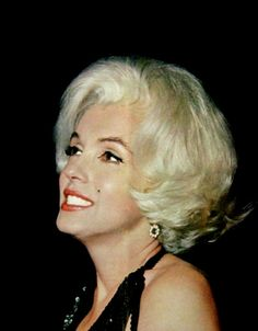 """Marilyn Monroe at the Golden Globe Awards, 1962. """