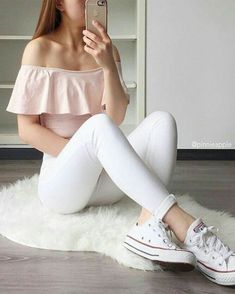 cute girly outfits with jeans Cool Summer Outfits, Cute Casual Outfits, Girly Outfits, Mode Outfits, Stylish Outfits, Spring Outfits, Club Outfits, Style Summer, Teenage Outfits