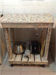 Otiginal colgador de tazas hecho con madera de palets - Ganchos para colgar ...
