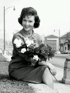 Betty White ~ ooh la la