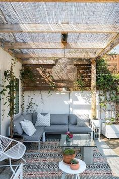 - Rustic Pergola Ideas DIY - Pergola Patio I ., - Ideas rústicas de la pérgola DIY - Pergola Patio I . # diy There's little time such as the prevailing to generate the most our own backyard space. Diy Pergola, Rustic Pergola, Deck With Pergola, Deck Patio, Patio Table, Modern Pergola, Covered Pergola, Modern Patio, Small Pergola