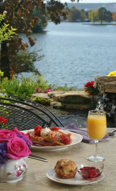 French toast with fresh strawberries and orange juice, overlooking the lake and the gardens. #lookoutpoint