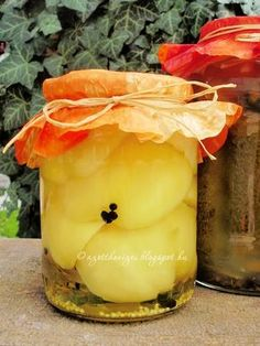 Az otthon ízei: Ecetes almapaprika My Recipes, Favorite Recipes, Canning Pickles, Ketchup, Preserves, Food And Drink, Appetizers, Pudding, Vegetarian