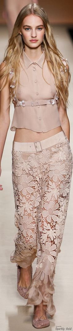 Alberta Ferretti Spring 2015 #coupon code nicesup123 gets 25% off at  www.Provestra.com www.Skinception.com and www.leadingedgehealth.com