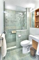 Gorgeous small bathroom shower remodel ideas (11)