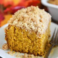 sliced, Pumpkin Pie Coffee Cake with streusel topping Pumpkin Pie Coffee Cake with a delicious crumble topping is the perfect homemade sweet treat to have with your morning coffee or for dessert! Fall Desserts, Just Desserts, Delicious Desserts, Thanksgiving Desserts, Desserts With Sour Cream, Recipes Using Sour Cream, Fall Dessert Recipes, Pumpkin Spice Cake, Pumpkin Dessert