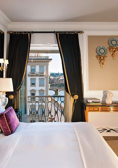 You look like our kinda room.. Room 310, St. Regis, Florence , Italy