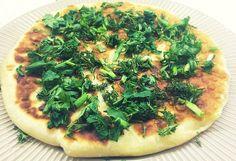 Картофельные лепёшки с сыром и зеленью на сковороде