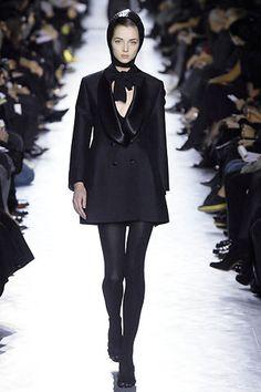 Saint Laurent Fall 2007 Ready-to-Wear Fashion Show - Ines Crnokrak (NATHALIE)