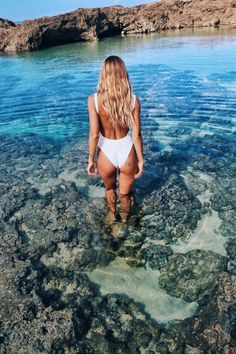 Turquoise dips for Olive Cooke in the 'Line Up One Piece'