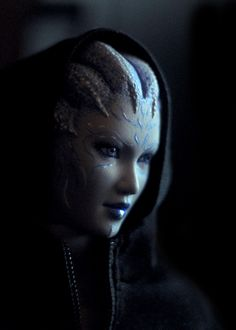 Asari by Semitsvetik on deviantart.com This is a really cool Mass Effect cosplay. I think the quality of the facepaint and photography are excellent! I am actually a huge fan of the Asari concept ^__^