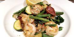 Sauté de légumes et crevettes - Vive le bacon! Bacon, Nutella, Potato Salad, Zucchini, Shrimp, Potatoes, Keto, Chicken, Vegetables