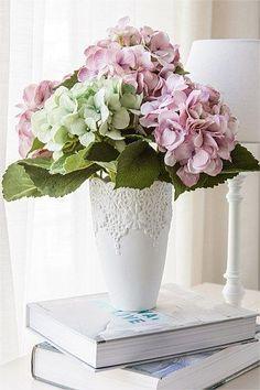 Home Decor - Georgina Vase Hortensia Hydrangea, Hydrangea Colors, Hydrangea Garden, Green Hydrangea, Hydrangea Flower, Flower Vases, Hydrangeas, Cut Flowers, Fresh Flowers