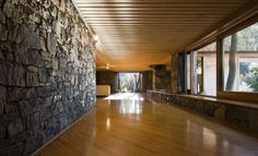 marco zanuso sr / coromandel farm villa, lydenburg Farm Villa, Contemporary Building, Highland Homes, Building Structure, Interior Architecture, Interior Design, Exterior, African, Buildings