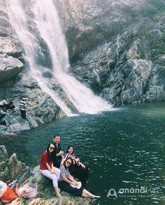 Ngây ngất khung cảnh thác nước đẹp như phim ở Quảng Ngãi