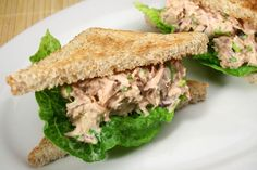 A Basic Luncheon Tuna Salad