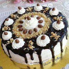 Kuru fasulyeyle yapılmış kestaneli pasta tadında nefis bir pasta tarifi