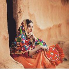 #Printerest@Nusrat Zahan Punjabi Girls, Punjabi Couple, Punjabi Suits, Pakistani Outfits, Indian Outfits, Niqab, Punjabi Culture, Punjabi Actress, Persian Girls